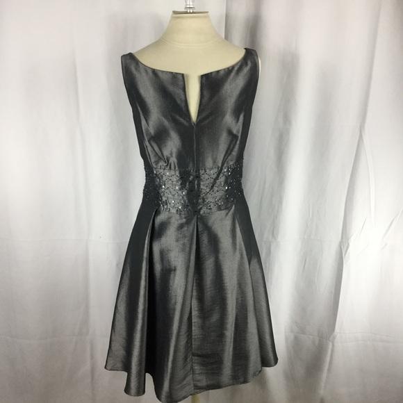 Jones Wear Dresses & Skirts - Joneswear Grey Formal Dress sz 16